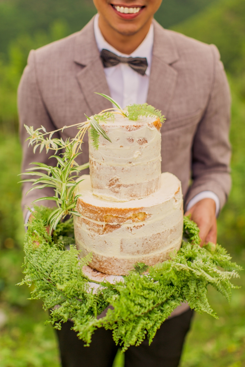 Cuckoo Cloud Concepts Sam and Marge Rustic Wedding Organic Foliage Naked Cake Neutrals -19