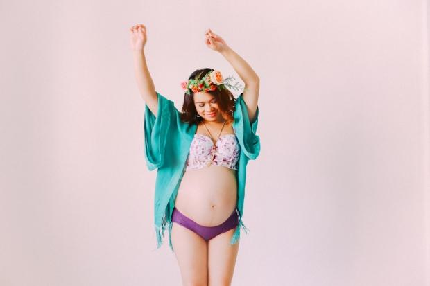cuckoo-cloud-concepts-gizelle-bohemian-maternity-session-boudoir-bump-love-inspired-pregnancy-cebu-19