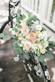 Pastels Hues for Yukie's Romantic Lush Bouquet | photo by Seph Folios