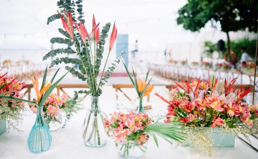 Bright Tropics: Vincent & MabelWedding